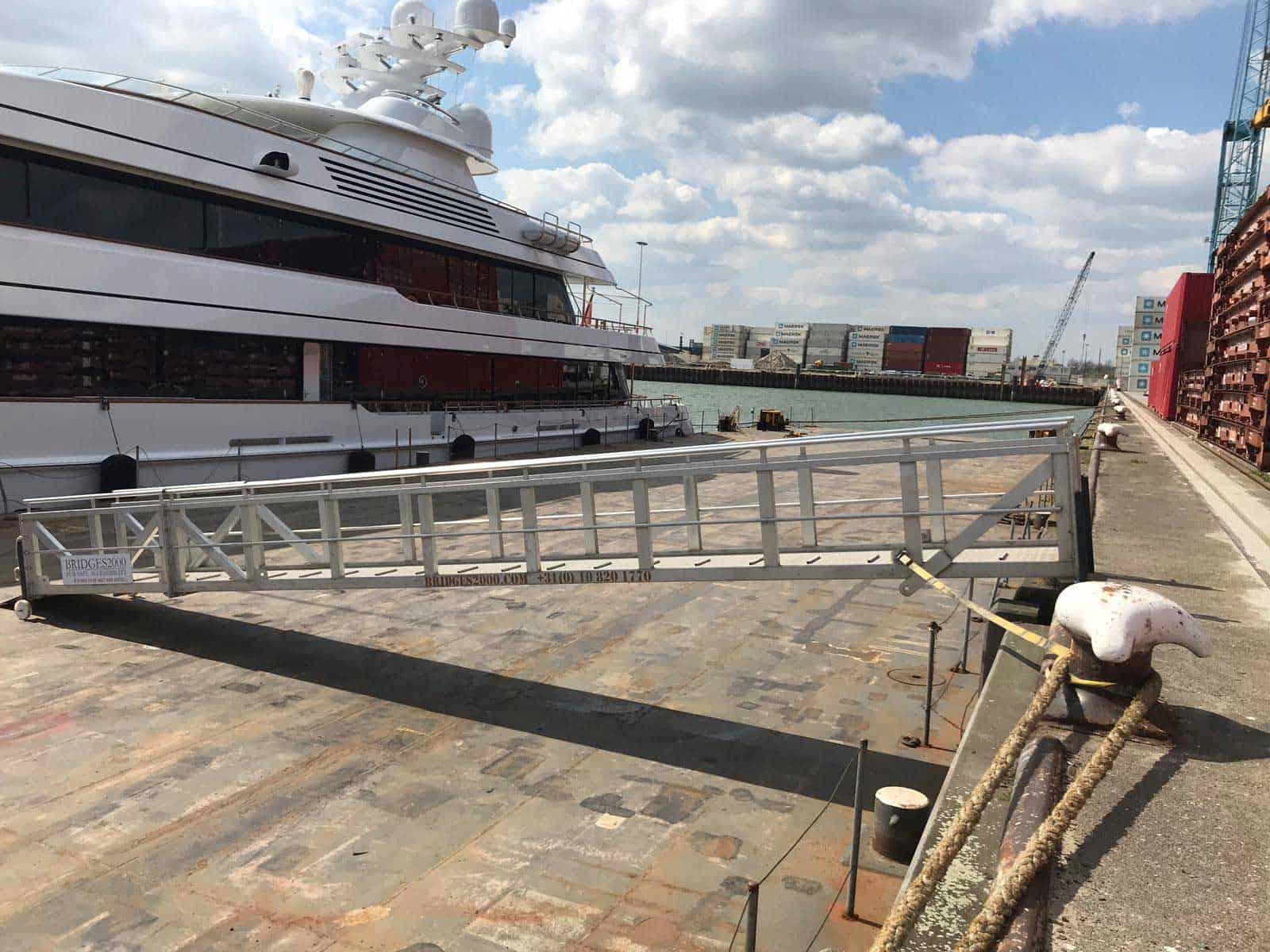 Bridges2000 Project Yacht Gangway
